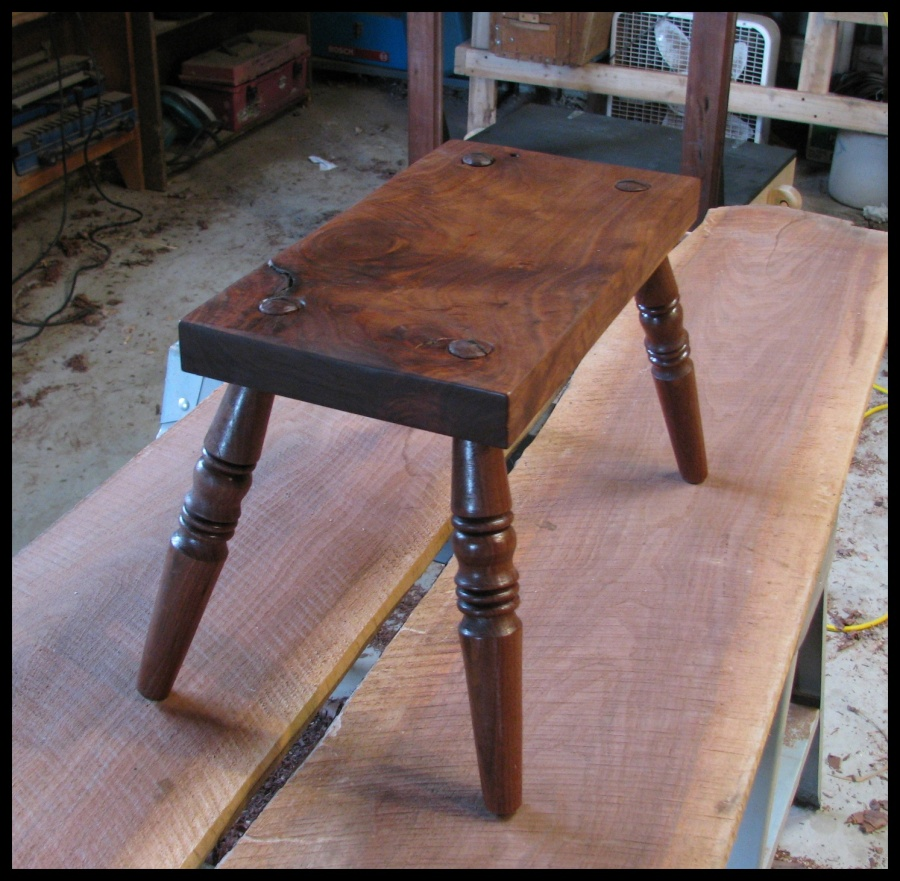 walnut-stool-1