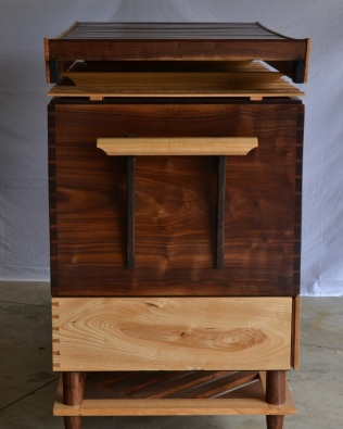 Newton Chest side view