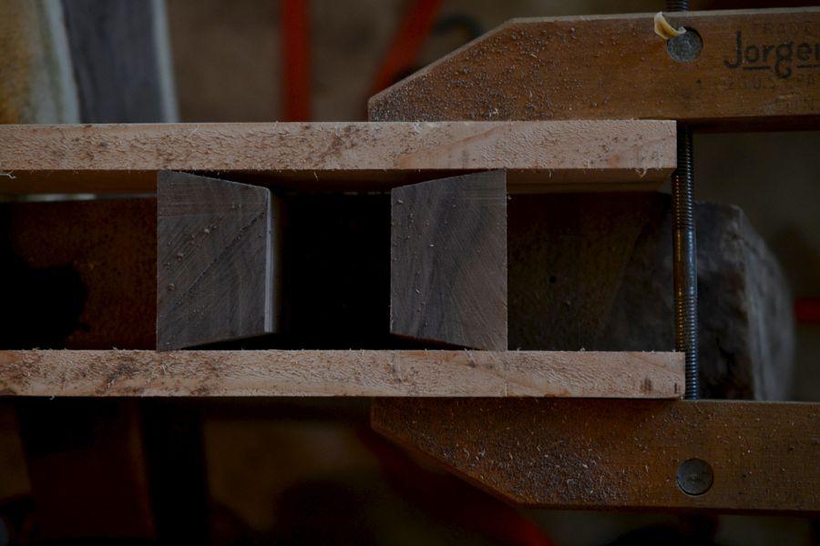 Oak and Walnut Table build11