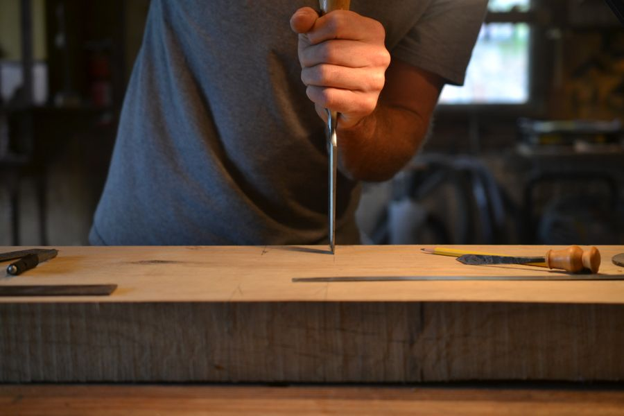 Oak and Walnut Table build13