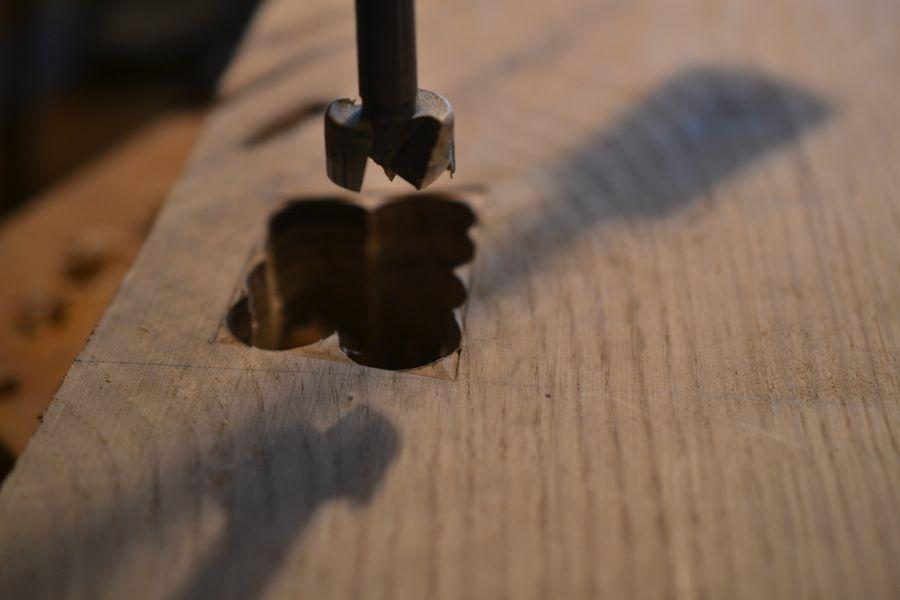 Oak and Walnut Table build14