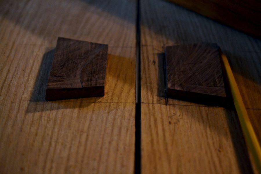 Oak and Walnut Table build18