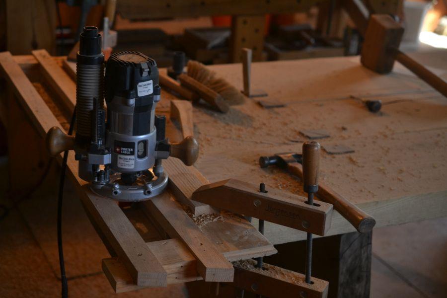Oak and Walnut Table build23