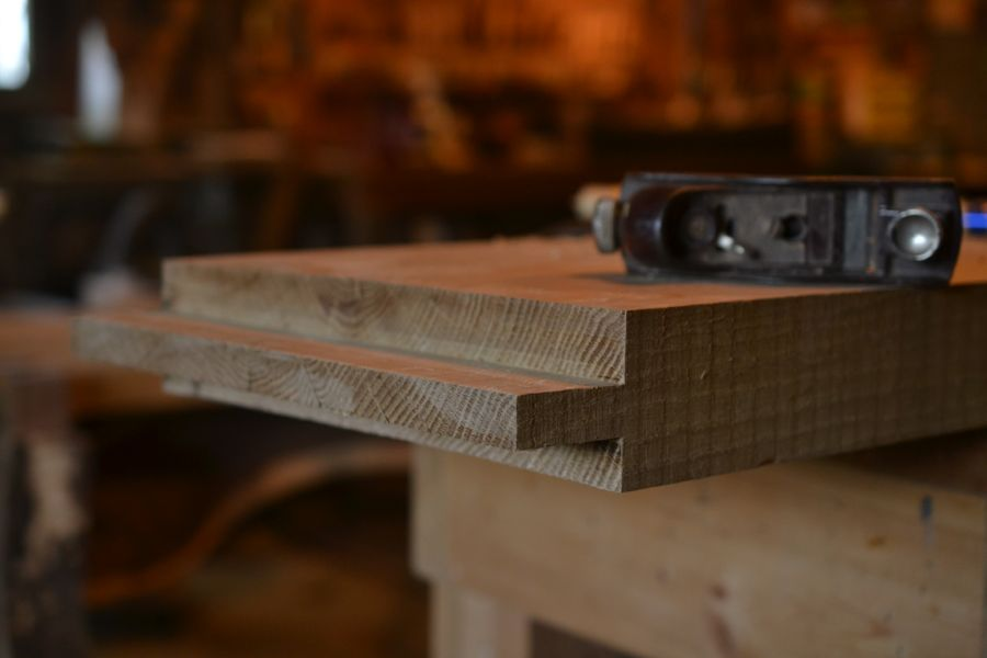 Oak and Walnut Table build29